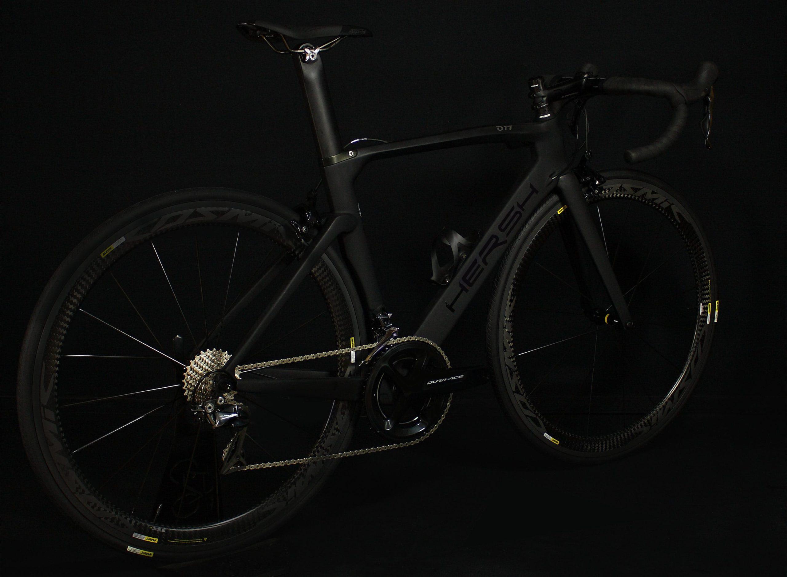 Hersh R911 road bike total black