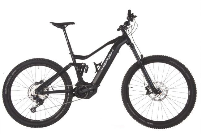 Black Shimano EP8 motor MTB- e-bike