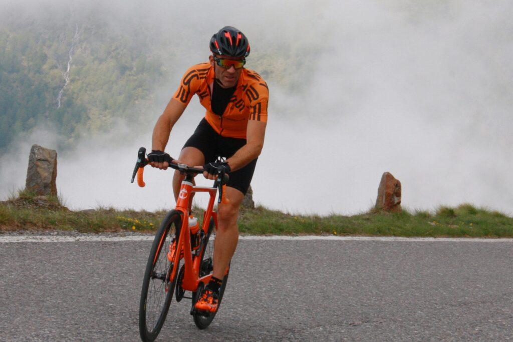 Nuova maglietta per bici Hersh Como - abbigliamento ciclismo estivo